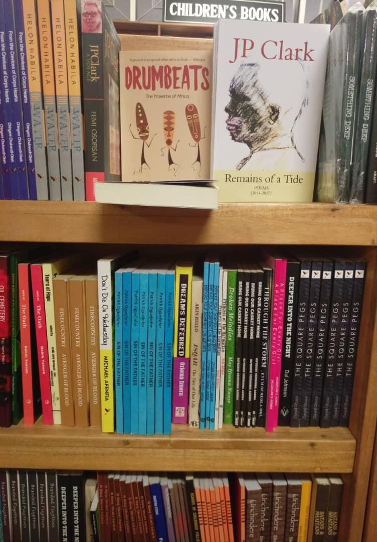Mosuro Bookshop (3)